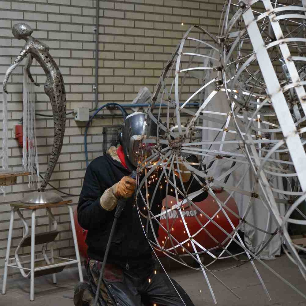Goddess of the earth welding